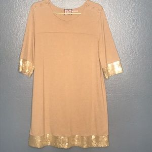 Juicy Couture Hong Kong Sz XL Tan & Gold Bling